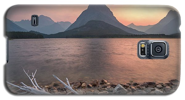 Montana Gold // Swiftcurrent Lake, Glacier National Park  Galaxy S5 Case