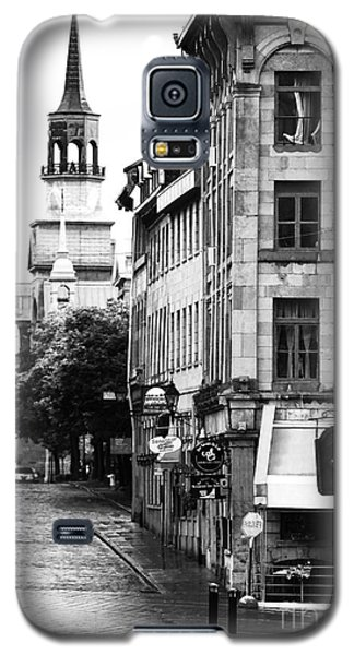 Montreal Street In Black And White Galaxy S5 Case