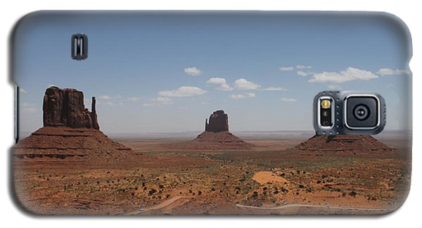 Galaxy S5 Case featuring the photograph Monument Valley Navajo Park by Christopher Kirby