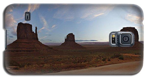 Monumental Galaxy S5 Case