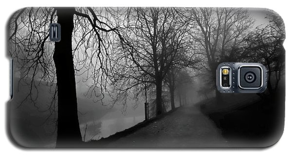Moody And Misty Morning Galaxy S5 Case by Inge Riis McDonald