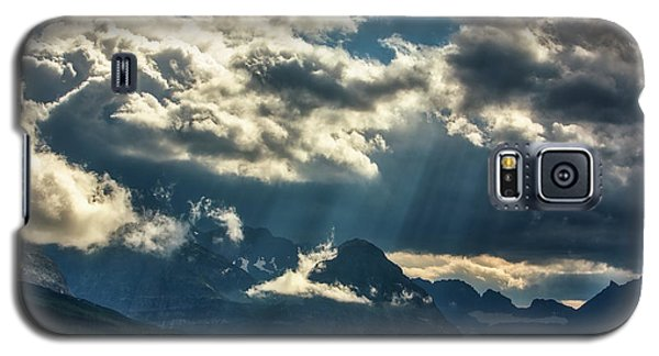 Moody Sunrays Over Glacier National Park Galaxy S5 Case