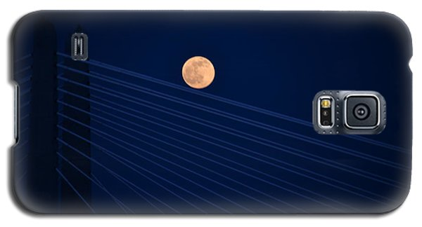 Moon Over Bridge Galaxy S5 Case by Jerry Cahill