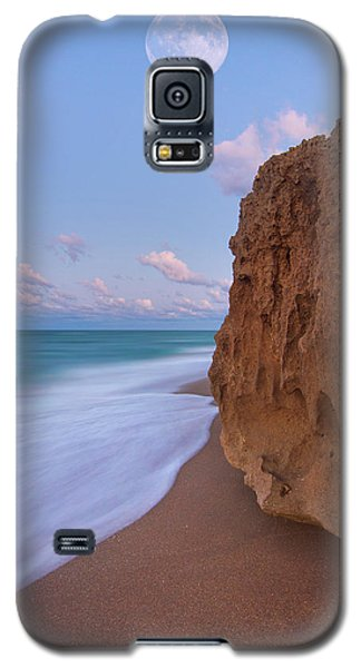 Moon Over Hutchinson Island Beach Galaxy S5 Case by Justin Kelefas