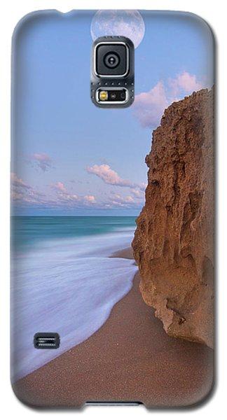 Moon Over Hutchinson Island Beach Galaxy S5 Case by Justin Kelefas