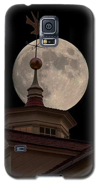 Moon Over Mount Vernon Galaxy S5 Case by Ed Clark