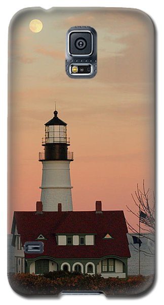 Moon Over Portland Head Lighthouse Galaxy S5 Case by Lou Ford