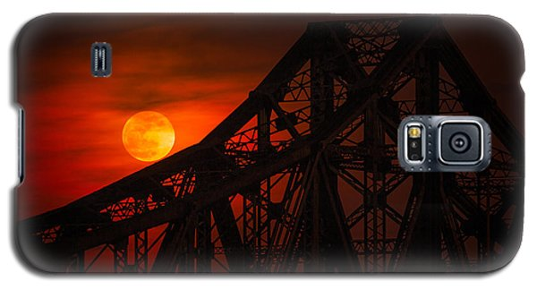 Moon Over The Bridge Galaxy S5 Case