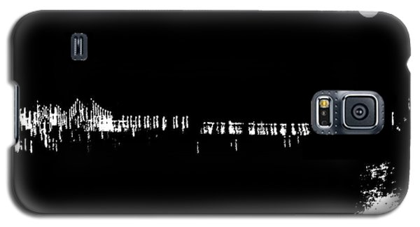 Galaxy S5 Case featuring the photograph Moon Over The Hudson by JoAnn Lense