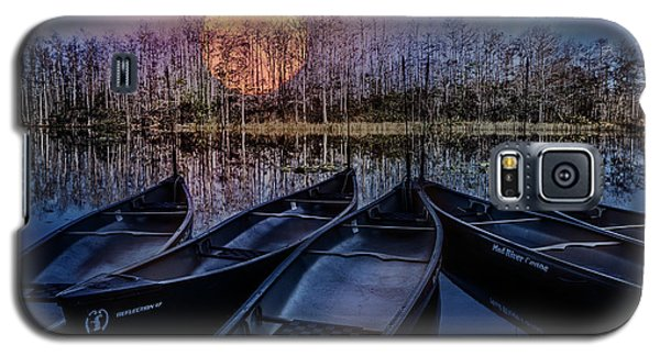 Galaxy S5 Case featuring the photograph Moon Rise On The River by Debra and Dave Vanderlaan