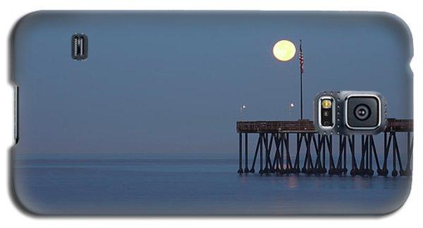 Moonset At The Ventura Pier Galaxy S5 Case