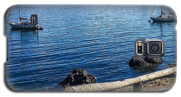 Mooring In Doe Bay Galaxy S5 Case by William Wyckoff