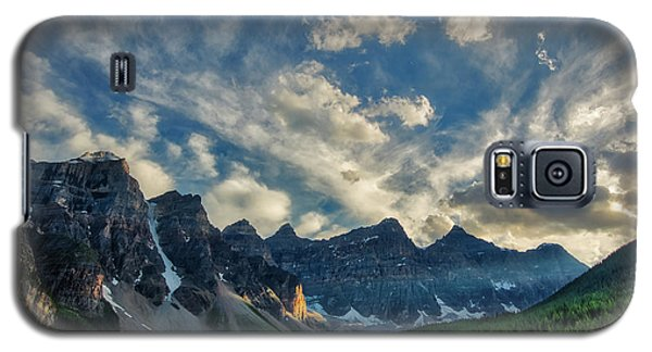 Moraine Lake Sunset - Golden Rays Galaxy S5 Case