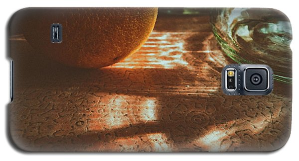 Galaxy S5 Case featuring the photograph Morning Detail by Steven Huszar