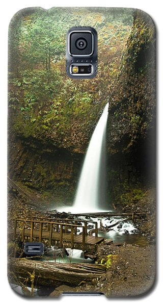 Morning At The Waterfall Galaxy S5 Case