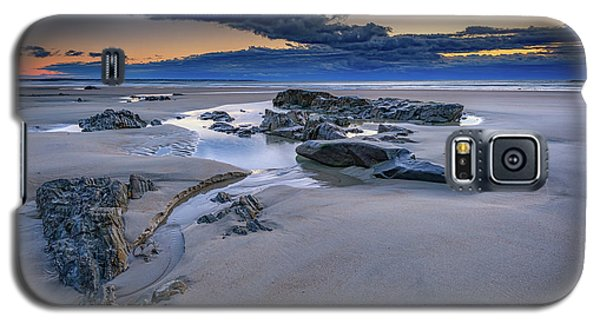 Galaxy S5 Case featuring the photograph Morning Calm On Wells Beach by Rick Berk