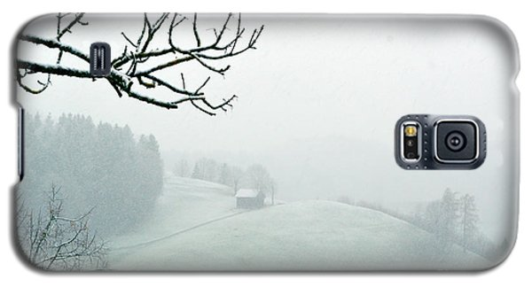 Galaxy S5 Case featuring the photograph Morning Fog - Winter In Switzerland by Susanne Van Hulst