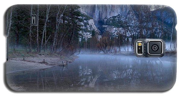 Morning Fog Yosemite Falls Galaxy S5 Case