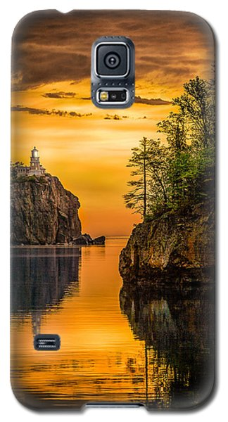 Galaxy S5 Case featuring the photograph Morning Glow Against The Light by Rikk Flohr