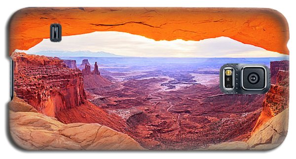 Galaxy S5 Case featuring the photograph Morning Glow by Brad Scott