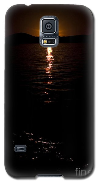 Galaxy S5 Case featuring the photograph Morning Has Broken by Tamyra Ayles