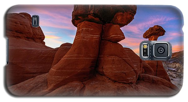 Galaxy S5 Case featuring the photograph Morning Hoodoo by Mike Lang