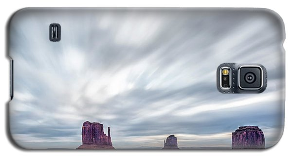 Galaxy S5 Case featuring the photograph Morning In Monument Valley by Jon Glaser