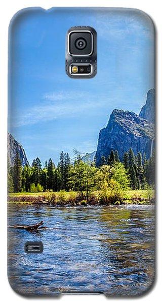 Yosemite National Park Galaxy S5 Case - Morning Inspirations 2 Of 3 by Az Jackson