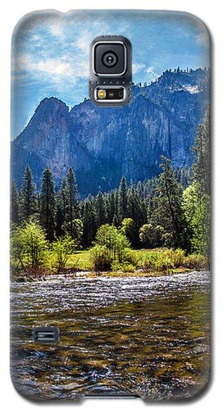 Yosemite National Park Galaxy S5 Case - Morning Inspirations 3 Of 3 by Az Jackson