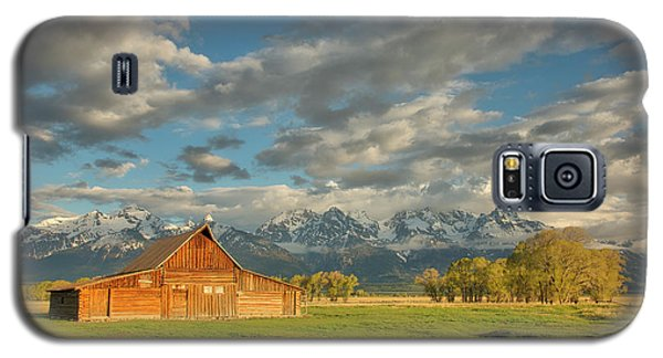 Morning Light On Moulton Barn Galaxy S5 Case