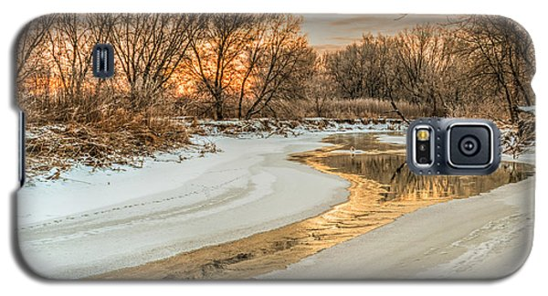 Morning Light On The Riverbank Galaxy S5 Case
