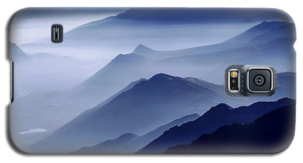 Mountain Galaxy S5 Case - Morning Mist by Chad Dutson