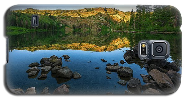 Morning Reflection On Castle Lake Galaxy S5 Case