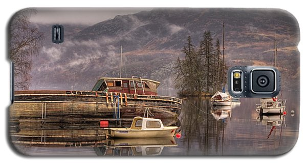 Morning Reflections Of Loch Ness Galaxy S5 Case by Ian Middleton