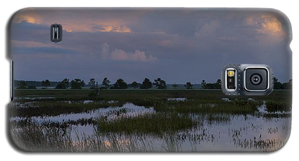 Morning Reflections Over The Wetlands Galaxy S5 Case