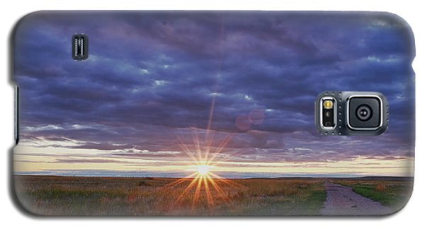 Galaxy S5 Case featuring the photograph Morning Starburst by Monte Stevens