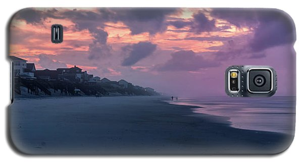 Morning Stroll On The Beach Galaxy S5 Case