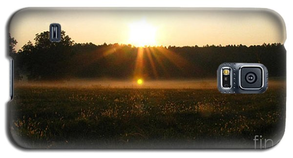 Galaxy S5 Case featuring the photograph Morning Sun Lite Field by Donna Brown