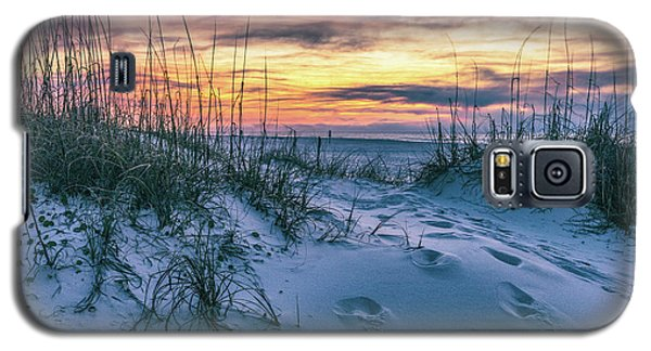 Galaxy S5 Case featuring the photograph Morning Sunrise At The Beach by John McGraw