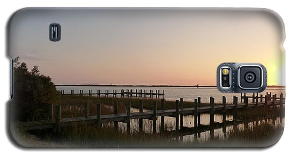 Galaxy S5 Case featuring the photograph Morning Sunrise Over Assateaque Island by Donald C Morgan
