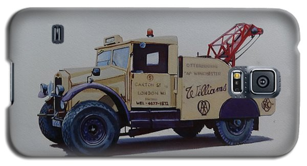 Galaxy S5 Case featuring the painting Morris Commercial Wrecker. by Mike Jeffries