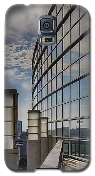 Galaxy S5 Case featuring the photograph Moscone West Balcony by Darcy Michaelchuk