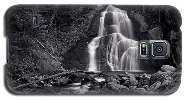 Galaxy S5 Case - Moss Glen Falls - Monochrome by Stephen Stookey