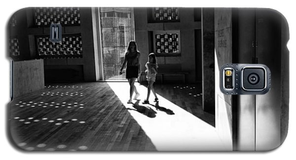 Galaxy S5 Case featuring the photograph Mother And Child by Lora Lee Chapman