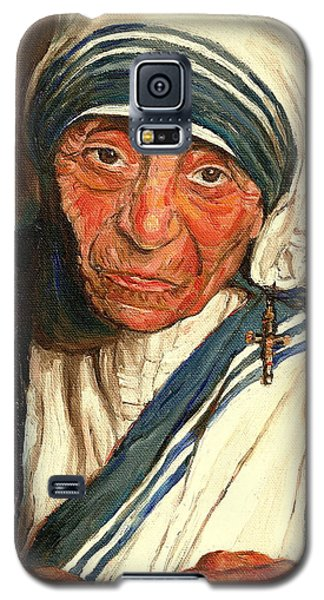 Galaxy S5 Case featuring the painting Mother Teresa  by Carole Spandau