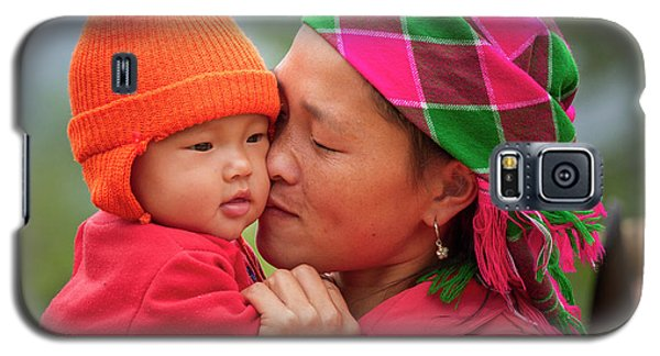 Galaxy S5 Case featuring the photograph Motherly Love, Sa Pa, 2014 by Hitendra SINKAR