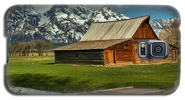 Moulton Barn Springtime Panorama Galaxy S5 Case by Adam Jewell