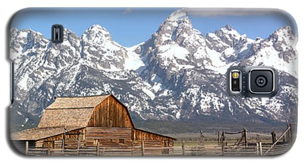 Moulton Barn Blue Sky Panorama Galaxy S5 Case by Adam Jewell