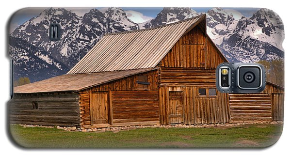 Moulton Barn Spring Landscape Galaxy S5 Case by Adam Jewell