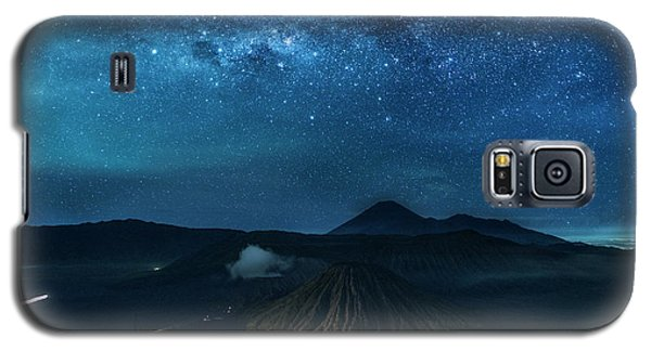 Mount Bromo Resting Under Million Stars Galaxy S5 Case
